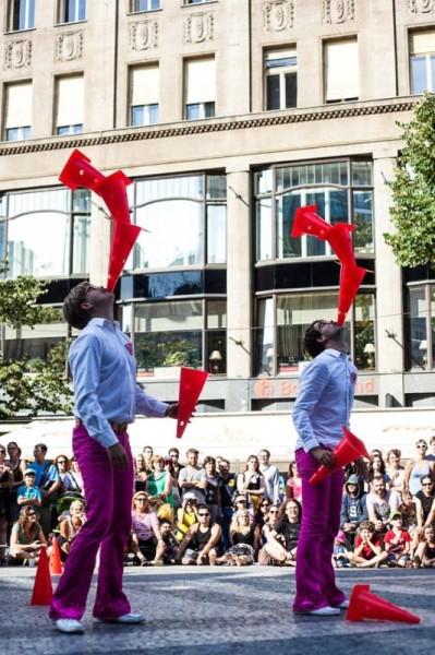 Bratři v tricku: Prasečí cirkus
